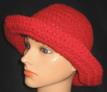 Floppy-red Bucket Hat